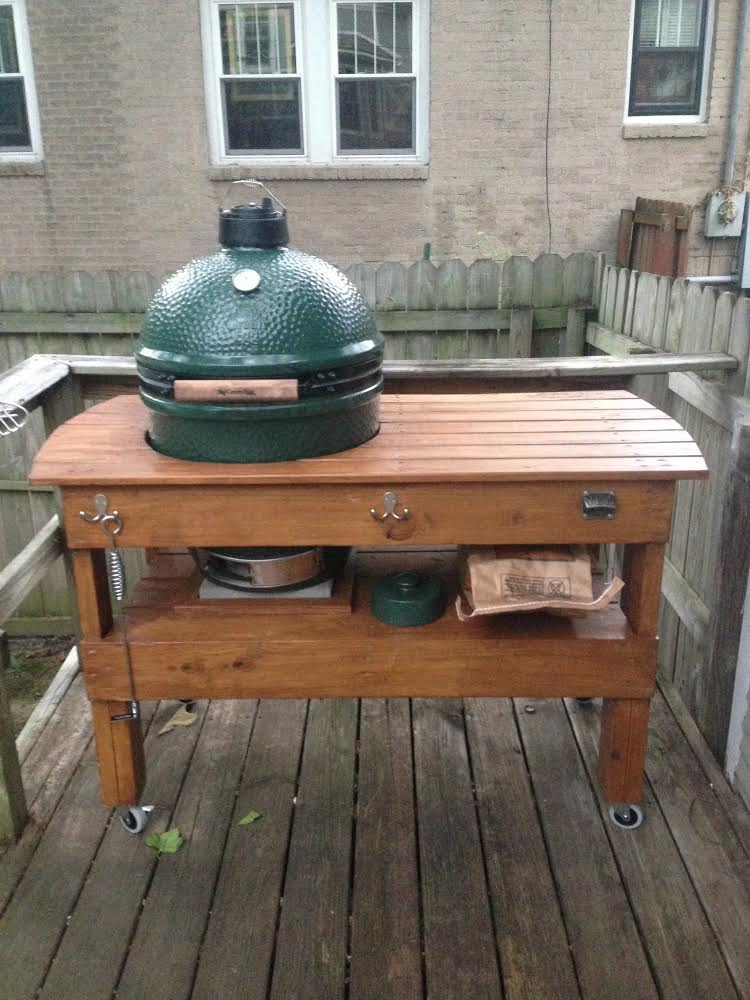 Rob from Little Rock  AR. Big Green Egg Table