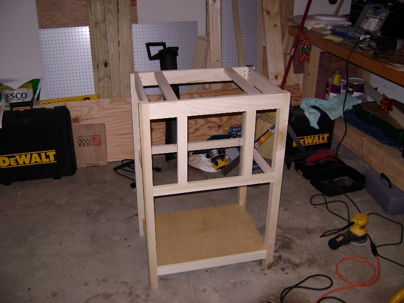 constructing a router table