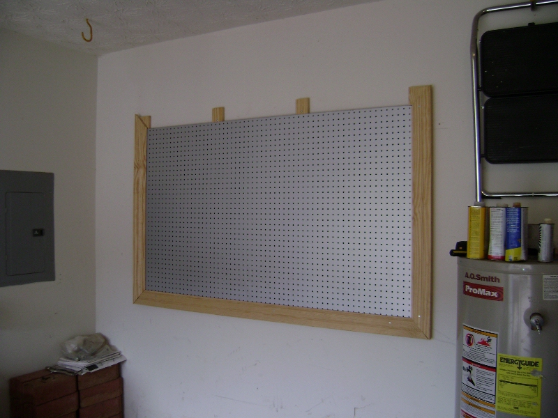 workbench plans pegboard